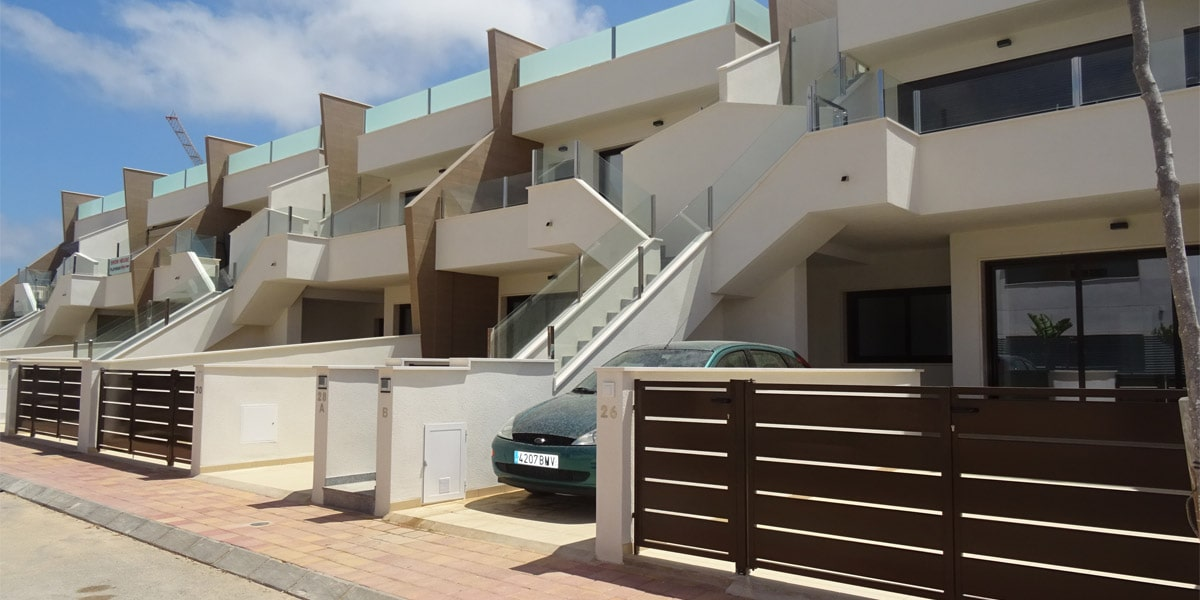 https://okeyviviendas.com/wp-content/uploads/2020/09/galeria_playamar_villas_1_1-min.jpg